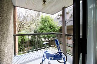 """Photo 2: 206 2355 TRINITY Street in Vancouver: Hastings Condo for sale in """"TRINITY APARTMENTS"""" (Vancouver East)  : MLS®# R2159688"""