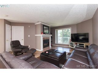 Photo 3: 403 649 Bay Street in VICTORIA: Vi Downtown Condo Apartment for sale (Victoria)  : MLS®# 378467