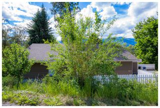 Photo 5: 1121 Southeast 1st Street in Salmon Arm: Southeast House for sale : MLS®# 10136381