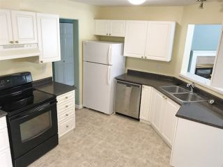 "Photo 3: 201 1460 PEMBERTON Avenue in Squamish: Downtown SQ Condo for sale in ""Marina Estates"" : MLS®# R2196678"