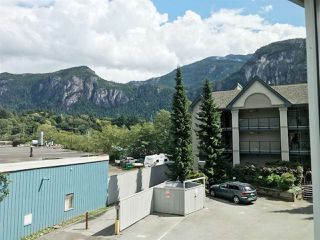 "Photo 14: 201 1460 PEMBERTON Avenue in Squamish: Downtown SQ Condo for sale in ""Marina Estates"" : MLS®# R2196678"