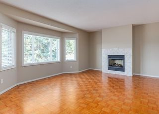 Photo 10: 11036 BRATON Place SW in Calgary: Braeside House for sale : MLS®# C4136035