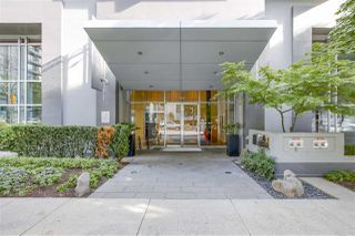 """Photo 13: 1002 1010 RICHARDS Street in Vancouver: Yaletown Condo for sale in """"THE GALLERY"""" (Vancouver West)  : MLS®# R2208640"""