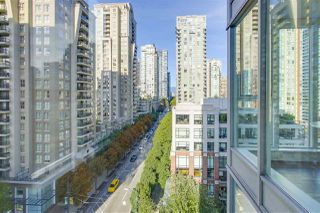 """Photo 12: 1002 1010 RICHARDS Street in Vancouver: Yaletown Condo for sale in """"THE GALLERY"""" (Vancouver West)  : MLS®# R2208640"""