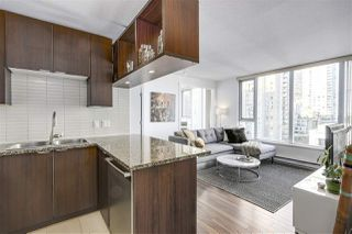 """Photo 6: 1002 1010 RICHARDS Street in Vancouver: Yaletown Condo for sale in """"THE GALLERY"""" (Vancouver West)  : MLS®# R2208640"""
