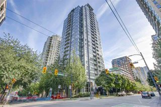 """Photo 1: 1002 1010 RICHARDS Street in Vancouver: Yaletown Condo for sale in """"THE GALLERY"""" (Vancouver West)  : MLS®# R2208640"""