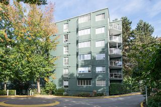 "Photo 19: 505 1508 MARINER Walk in Vancouver: False Creek Condo for sale in ""MARINER POINT"" (Vancouver West)  : MLS®# R2212186"