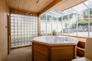 Photo 18: 3833 PUGET Drive in Vancouver: Arbutus House for sale (Vancouver West)  : MLS®# R2216349