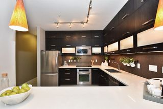 "Photo 7: 220 3333 MAIN Street in Vancouver: Main Condo for sale in ""MAIN"" (Vancouver East)  : MLS®# R2230235"
