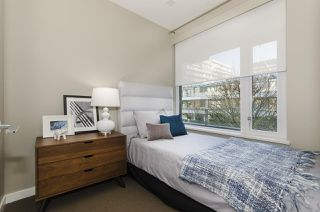 "Photo 10: 405 12 ATHLETES Way in Vancouver: False Creek Condo for sale in ""KAYAK"" (Vancouver West)  : MLS®# R2236470"