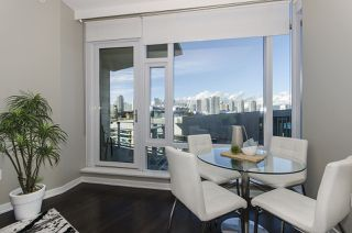 "Photo 5: 405 12 ATHLETES Way in Vancouver: False Creek Condo for sale in ""KAYAK"" (Vancouver West)  : MLS®# R2236470"