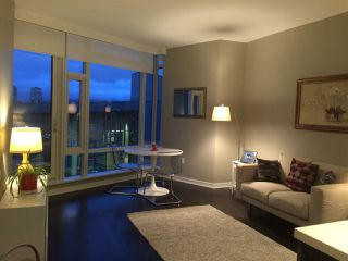 "Photo 6: 405 12 ATHLETES Way in Vancouver: False Creek Condo for sale in ""KAYAK"" (Vancouver West)  : MLS®# R2236470"
