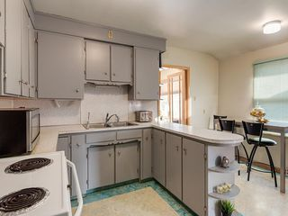 Photo 11: 403 30 Avenue NW in Calgary: Mount Pleasant House for sale : MLS®# C4167342