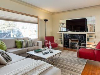 Photo 5: 403 30 Avenue NW in Calgary: Mount Pleasant House for sale : MLS®# C4167342