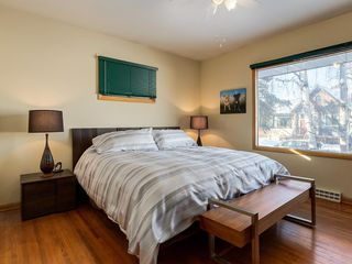 Photo 12: 403 30 Avenue NW in Calgary: Mount Pleasant House for sale : MLS®# C4167342