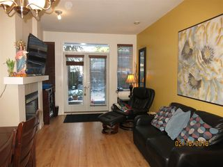 Photo 2: 102 6508 DENBIGH AVENUE in Burnaby: Forest Glen BS Condo for sale (Burnaby South)  : MLS®# R2239606