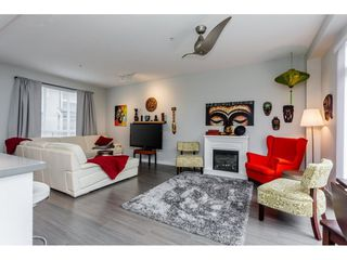"""Photo 8: 61 8138 204 Street in Langley: Willoughby Heights Townhouse for sale in """"ASHBURY AND OAK"""" : MLS®# R2245395"""