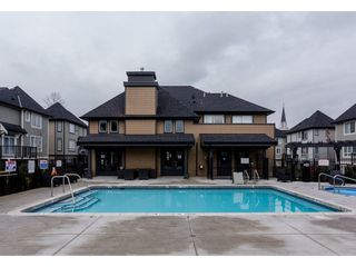 """Photo 2: 61 8138 204 Street in Langley: Willoughby Heights Townhouse for sale in """"ASHBURY AND OAK"""" : MLS®# R2245395"""