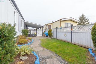 Photo 20: 10 158 Cooper Road in VICTORIA: VR Glentana Manu Single-Wide for sale (View Royal)  : MLS®# 389398