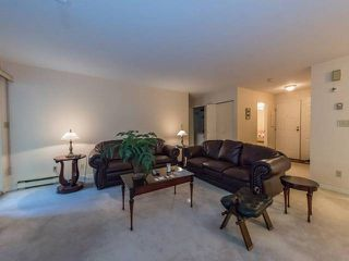 Photo 3: 3980 CREEKSIDE PLACE in Burnaby: Burnaby Hospital Townhouse for sale (Burnaby South)  : MLS®# R2196088