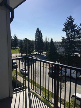 "Photo 2: 412 12075 EDGE Street in Maple Ridge: East Central Condo for sale in ""EDGE ON EDGE"" : MLS®# R2260092"