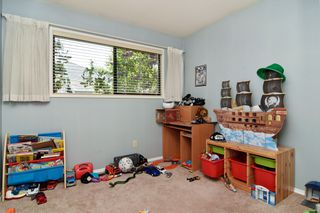 Photo 11: 32952 HIGHLAND Avenue in Abbotsford: Central Abbotsford House for sale : MLS®# R2266170