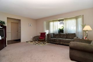 Photo 2: 32952 HIGHLAND Avenue in Abbotsford: Central Abbotsford House for sale : MLS®# R2266170