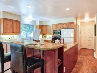 Photo 3: 1573 Mayneview Terr in NORTH SAANICH: NS Dean Park Single Family Detached for sale (North Saanich)  : MLS®# 786487