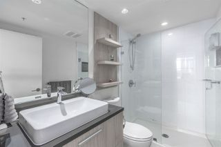 "Photo 11: 2807 3007 GLEN Drive in Coquitlam: North Coquitlam Condo for sale in ""EVERGREEN"" : MLS®# R2267562"