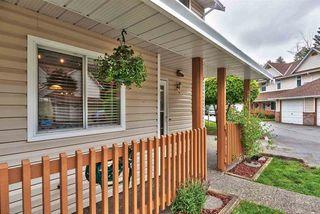 Photo 2: 36 20699 120B Avenue in Maple Ridge: Northwest Maple Ridge Townhouse for sale : MLS®# R2269955