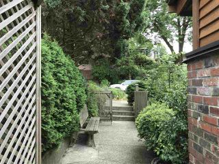 Photo 4: 2587 E 18TH Avenue in Vancouver: Renfrew Heights House for sale (Vancouver East)  : MLS®# R2282577