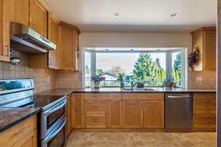 "Photo 6: 20887 ALPINE Crescent in Maple Ridge: Northwest Maple Ridge House for sale in ""CHILCOTIN"" : MLS®# R2295797"