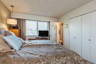 "Photo 11: 20887 ALPINE Crescent in Maple Ridge: Northwest Maple Ridge House for sale in ""CHILCOTIN"" : MLS®# R2295797"