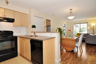 "Photo 10: 2302 244 SHERBROOKE Street in New Westminster: Sapperton Condo for sale in ""Copperstone"" : MLS®# R2315300"