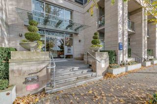 Main Photo: 210 1616 COLUMBIA Street in Vancouver: False Creek Condo for sale (Vancouver West)  : MLS®# R2324677