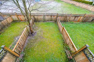 Photo 10: 14 7250 144 Street in Surrey: East Newton Townhouse for sale : MLS®# R2335077