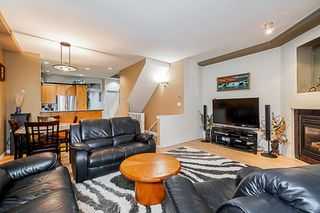 Photo 4: 14 7250 144 Street in Surrey: East Newton Townhouse for sale : MLS®# R2335077