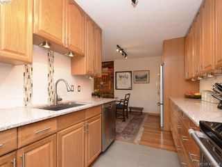 Photo 8: 304 1121 Esquimalt Road in VICTORIA: Es Saxe Point Condo Apartment for sale (Esquimalt)  : MLS®# 405094