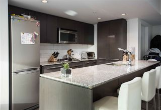 """Photo 11: PH808 522 W 8 Avenue in Vancouver: Fairview VW Condo for sale in """"Crossroad by PCI"""" (Vancouver West)  : MLS®# R2339011"""