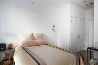 """Photo 10: PH808 522 W 8 Avenue in Vancouver: Fairview VW Condo for sale in """"Crossroad by PCI"""" (Vancouver West)  : MLS®# R2339011"""
