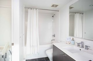 """Photo 9: PH808 522 W 8 Avenue in Vancouver: Fairview VW Condo for sale in """"Crossroad by PCI"""" (Vancouver West)  : MLS®# R2339011"""