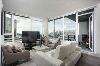 """Photo 5: PH808 522 W 8 Avenue in Vancouver: Fairview VW Condo for sale in """"Crossroad by PCI"""" (Vancouver West)  : MLS®# R2339011"""