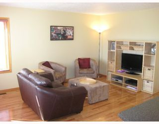 Photo 2: 4531 TEICHMAN PL in Prince_George: Hart Highlands House for sale (PG City North (Zone 73))  : MLS®# N191484