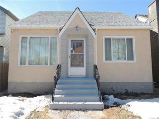 Photo 1: 934 Burrows Avenue in Winnipeg: Residential for sale (4B)  : MLS®# 1905588