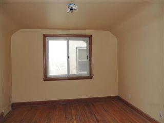 Photo 8: 934 Burrows Avenue in Winnipeg: Residential for sale (4B)  : MLS®# 1905588