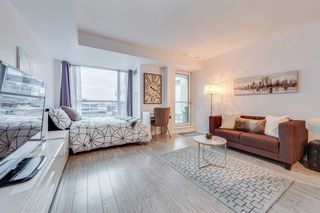 Photo 3: 1603 230 E King Street in Toronto: Moss Park Condo for sale (Toronto C08)  : MLS®# C4385942