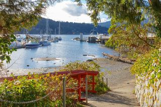 Photo 21: 105 7070 West Saanich Rd in BRENTWOOD BAY: CS Brentwood Bay Condo Apartment for sale (Central Saanich)  : MLS®# 811148
