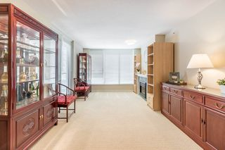 "Photo 8: 906 6068 NO. 3 Road in Richmond: Brighouse Condo for sale in ""PALOMA"" : MLS®# R2367305"