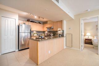 "Photo 5: 906 6068 NO. 3 Road in Richmond: Brighouse Condo for sale in ""PALOMA"" : MLS®# R2367305"