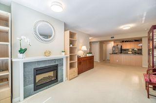 "Photo 7: 906 6068 NO. 3 Road in Richmond: Brighouse Condo for sale in ""PALOMA"" : MLS®# R2367305"